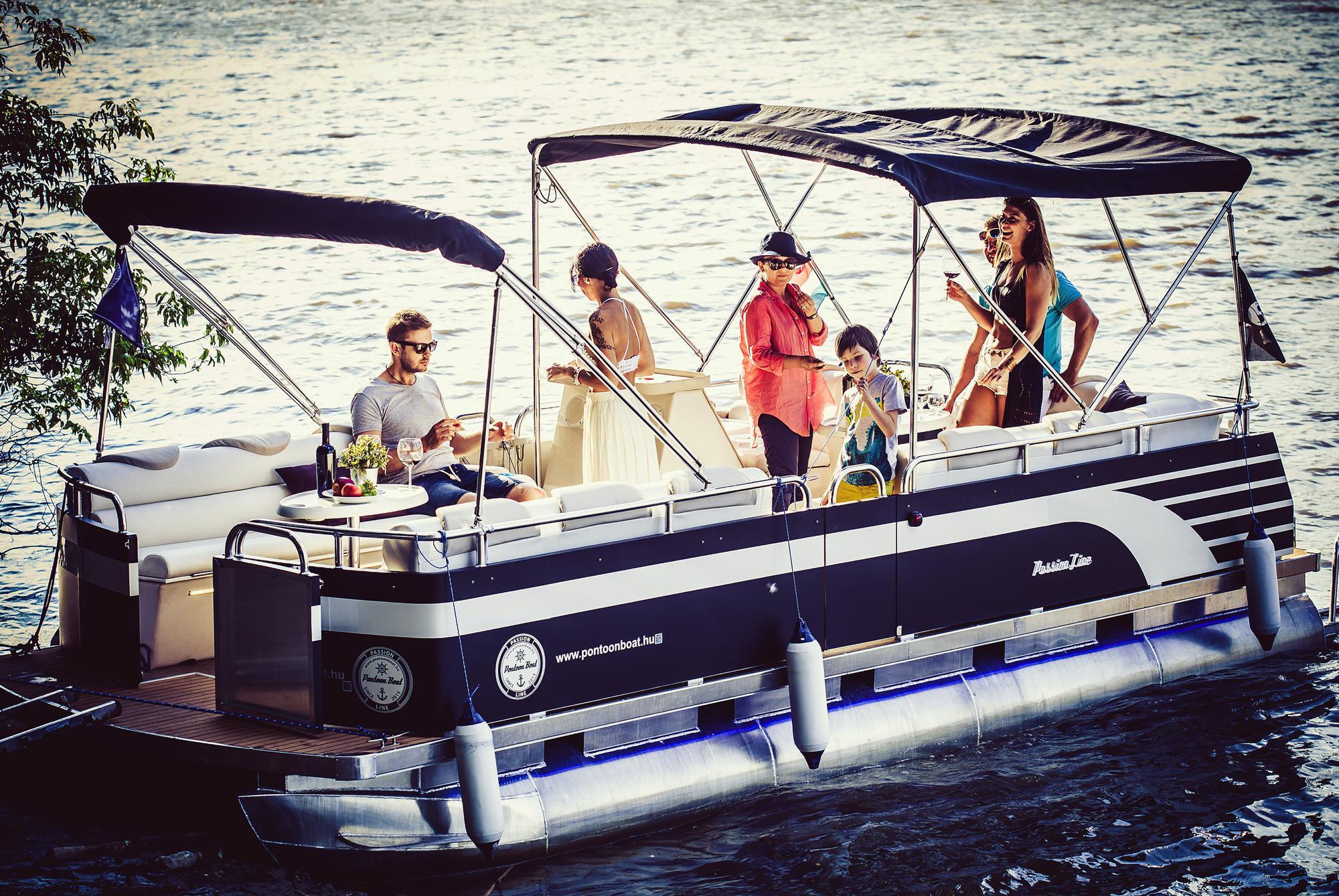 pontoonboat.hu-boat-8690v